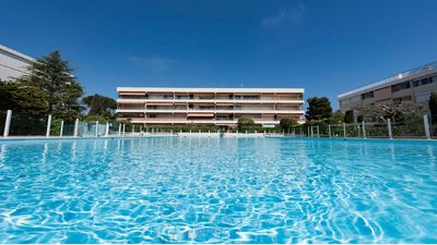 Photo for Ideal Friends or Family: Pleasure of an RDJ, terrace, swimming pool, sea view. 6 adults.