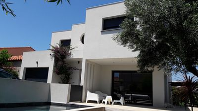 Photo for Contemporary villa near sea and St Cyprien