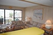Cute, cozy 1 bedroom condo with free WiFi and comfortable furnishings located midtown on the ocean block only a short walk to the beach!