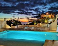 Amazing view! Incredible property!