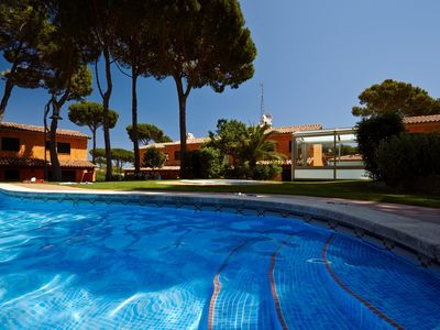 Photo for Terraced house at Pals with garden, pool & jacuzzi - 600m Beach (GR 4H 110)