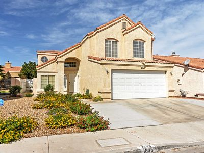 Las Vegas Home in Quiet Area - By Golfing & Hiking