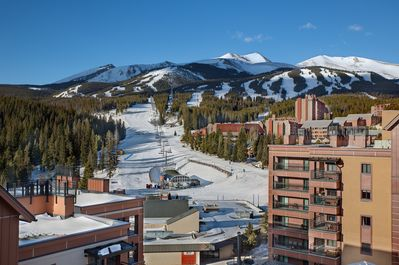 Choose your run on Peak 9 from your 4th floor balcony, then just Ski in/out