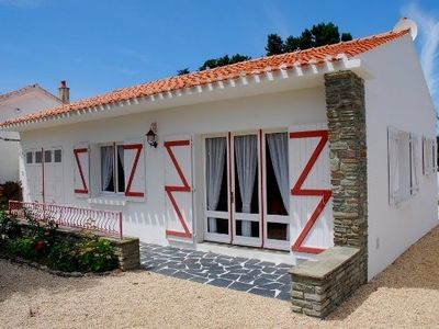 Photo for Quiet and close to the beach: well furnished house with garden, for 4 people.