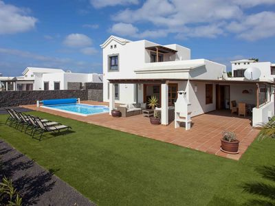 Photo for Hipoclub Villa Zafiro 20, lovely villa with private pool and sea view