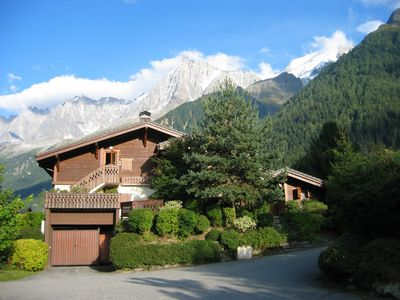 Photo for Delightful chalet beneath Mt Blanc, all year, self-catering.