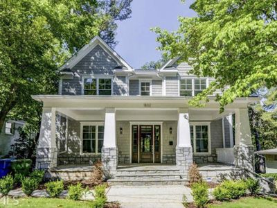 Photo for Elegance & Luxury in the Heart of Atlanta/Buckhead