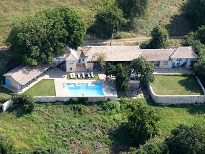 Photo for Luxurious country house with private pool, giant terrace with panoramic views