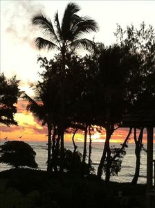Gorgeous sunrise seen from our lanai...