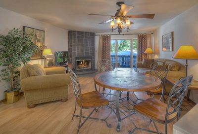 Durango Colorado vacation rental home at Silverpick Condominiums dining room