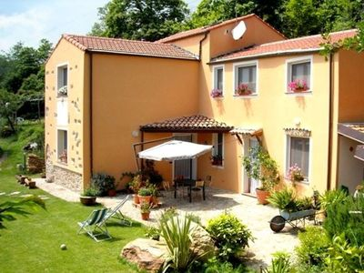 Photo for Attractive, spacious accommodation with large garden.