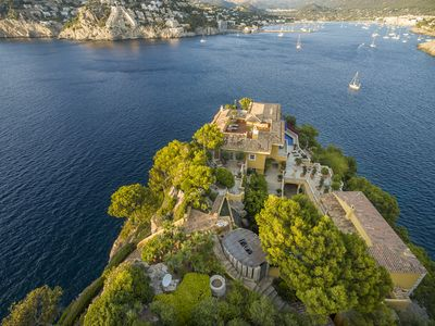 Photo for Villa Yellow Castle on its own peninsula with spectacular sea views and pool