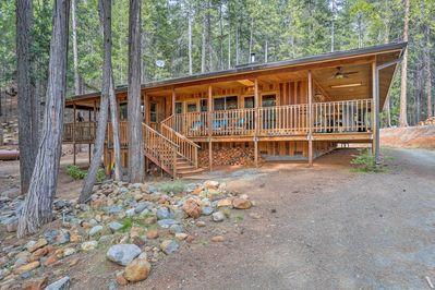 This vacation rental house is perched on 14 wooded acres.
