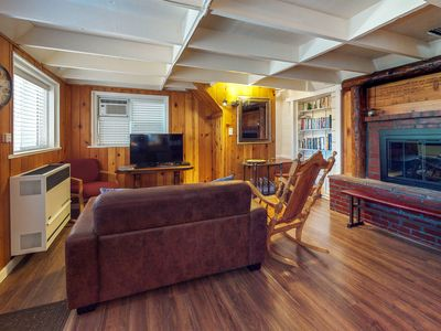Photo for NEW LISTING! Cozy cottage w/free WiFi and wood fireplace - close to lakes