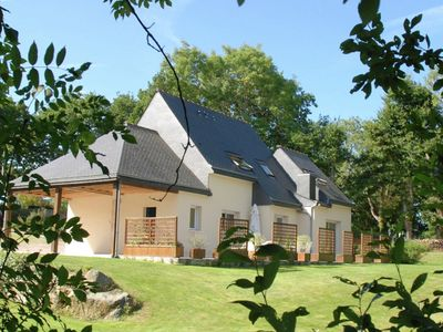 Photo for Beautiful holiday home with large garden in Brittany 1 km from the beach