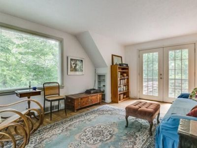 Photo for Adorable guesthouse overlooking Lake Michigan!