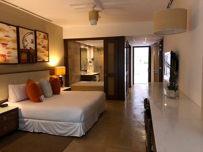 Photo for CONFIRMED EASTER WEEK APRIL 14-21 THE GRAND BLISS MASTER ROOM