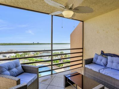 Photo for Relax on your balcony overlooking the Gulf