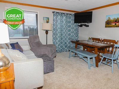 Photo for NO BAIT & SWITCH PRICING Includes Parking/Cleaning/Wi-Fi 2BR/2BA Sleep 6 ML327