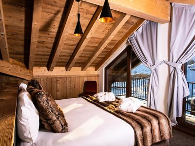 Photo for Residence Daria-i Nor ***** - Chalet des Neiges - 4 rooms 8 people Cabin
