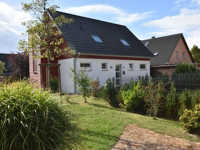 Photo for Spacious Holiday Home in Borgerende-Rethwisch with Terrace