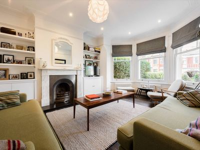Photo for Gorgeous, 4 Bed Victorian House in North West London - Family Friendly, Sleeps 7