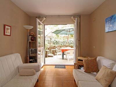 Photo for COSY APARTMENT, BEACH AT 100m,  & PARKING, AIR-CON, COMMUNITY GARDEN