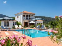 Very clean and well equipped villa. The pool and outdoor space are excellent. The Villa has nice ...