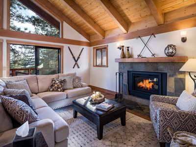 Newly Remodeled Luxurious Craftsman Home - Sleeps 10 in Comfort!