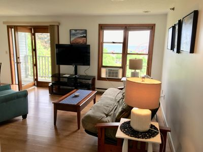 Neat and Clean Oceanview condo...close to the beach