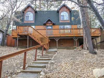 Photo for Mountain Vista Cabin, Spa, Fireplace, Walk to Forest!