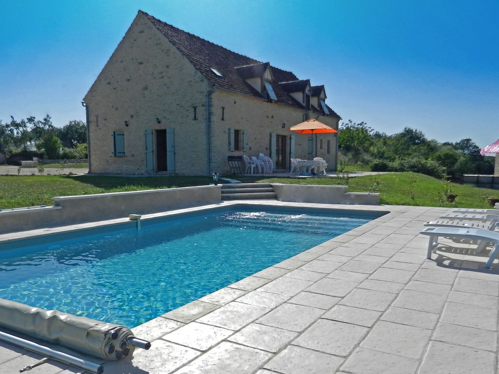 Dégagnac Cottage Rental   The Property With The Pool