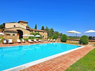 Photo for Le Bolle Apartment, Sleeps 6 with Pool