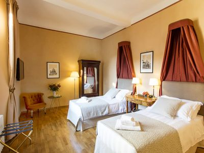 Photo for Elegant apartment in the heart of Florence with terrace