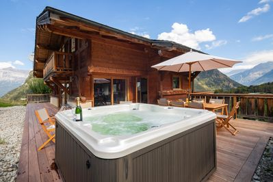 Beautiful wooden chalet with hot tub available
