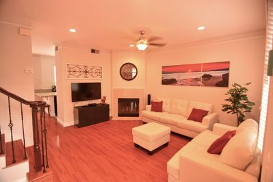 Beautifully decorated, BRAND NEW furniture and floors.