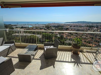 Photo for Lovely 3 rooms in Antibes with breathtaking seaview