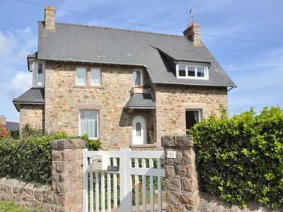 Photo for Breton house 200m from the sea near Renote Island in Trégastel