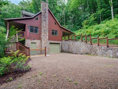Photo for A Piper's Glen: Private mountain home, right outside Waynesville, short drive to Asheville!