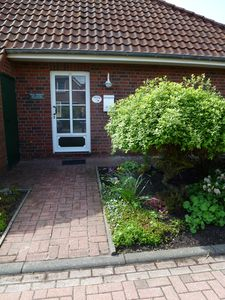 Photo for Generous 3-star family-friendly semi-detached house with garden