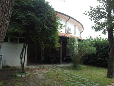 Photo for Residence equipped with all comforts with a garden, 500 meters from the sea
