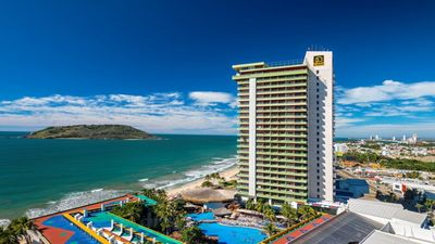 Photo for One of the most full-featured resorts in Mazatlan!