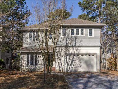 Photo for Spacious 5 Bedroom w/Community Pool and Golf