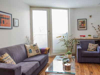 Photo for Shoreditch - Bright & Spacious Flat
