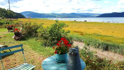 Photo for Mademoiselle Églantine directly on the edge of the Saint Laurent River