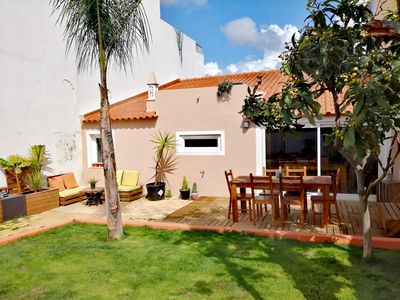 Photo for Charming house with a patio of 80m2