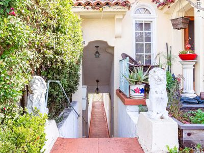 Photo for Lovely home w/ a full kitchen surrounded by nature in the heart of San Diego