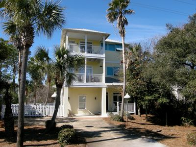 Photo for Steps to Emerald water 6 / 5BTH Gulfside S of 30A/Private Heated Pool - Gulfview