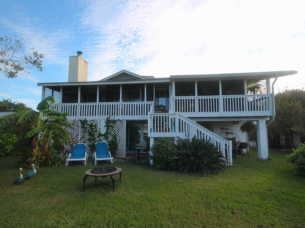 Tybee island waterfront retreat with free w vrbo for Waterfront retreat