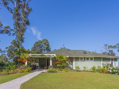 Photo for Rural, Plantation style Home, Perfect for Families & Friends, Hot Tub, Kayaks